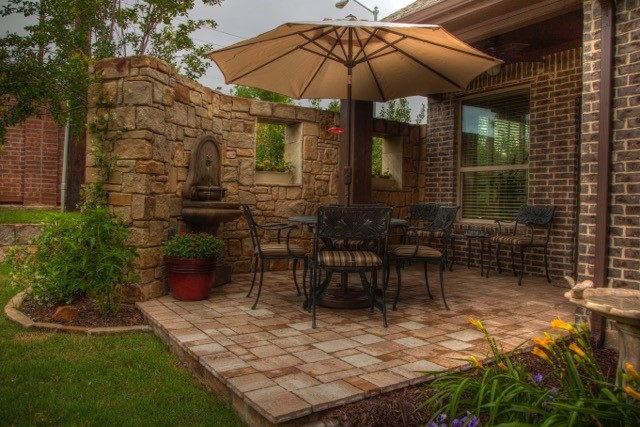 Patio with Wall Foutain.jpg