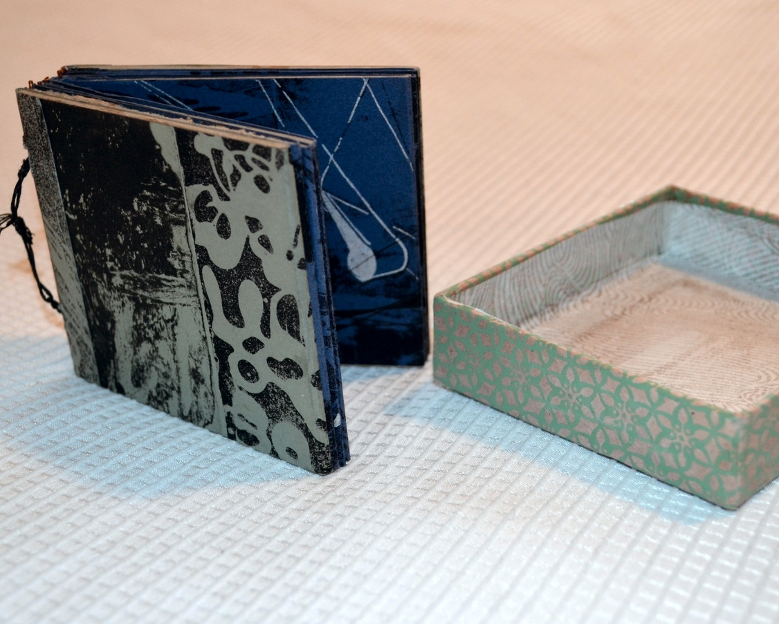 Book in a Box detail