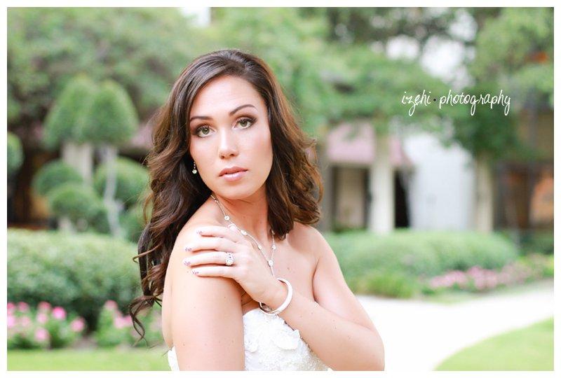 Izehi Photography Bridals_0073.jpg