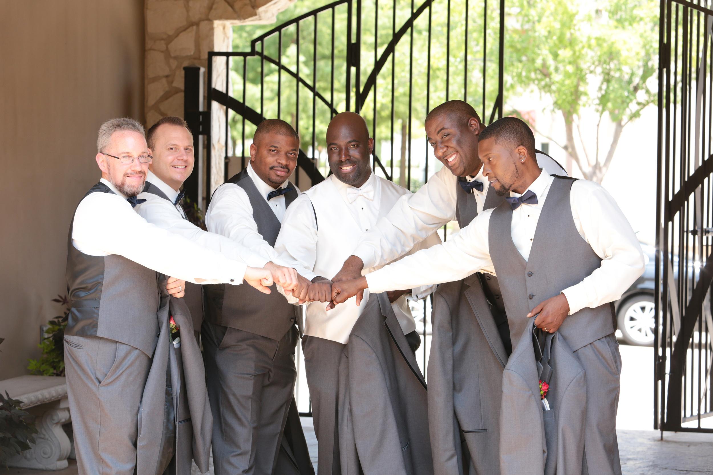 Dallas–Nigerian-Wedding-Photographer–Izehi-320.jpg