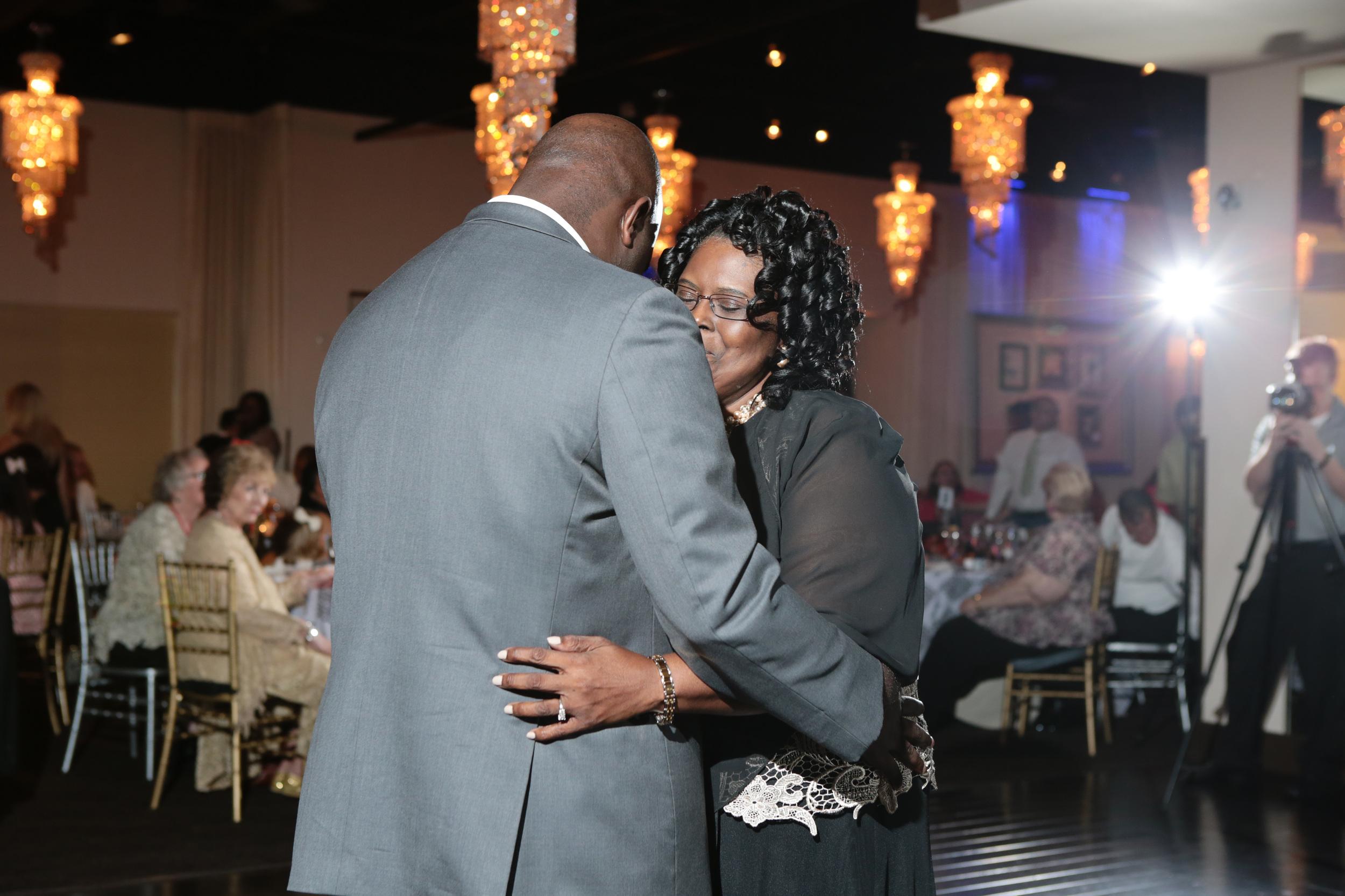 Dallas–Nigerian-Wedding-Photographer–Izehi-322.jpg