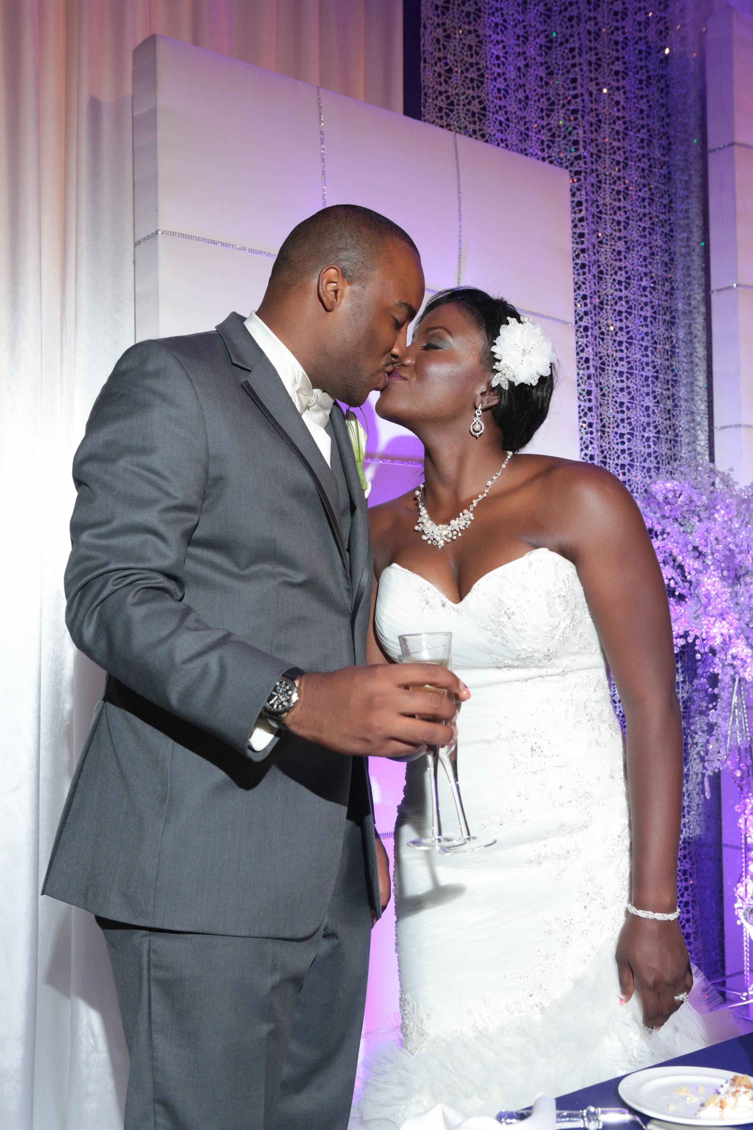 Dallas–Nigerian-Wedding-Photographer–Izehi-350.jpg