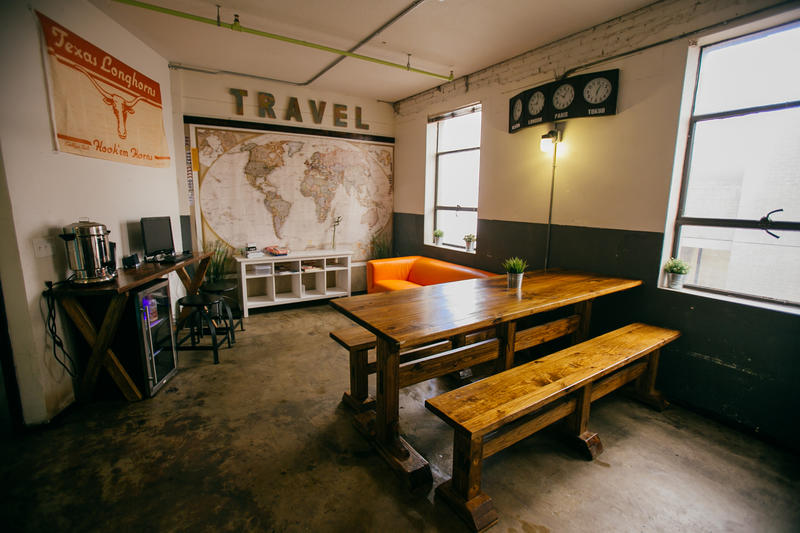 Credit: http://www.hostelinusa.com/top-hostels/hostel/64785-firehouse-hostel.html