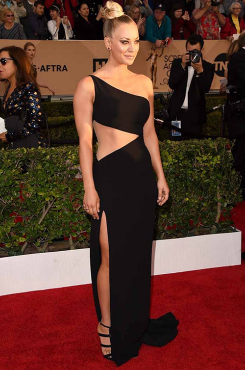 THE TOP 10 RED CARPET LOOKS OF 2016 - #4