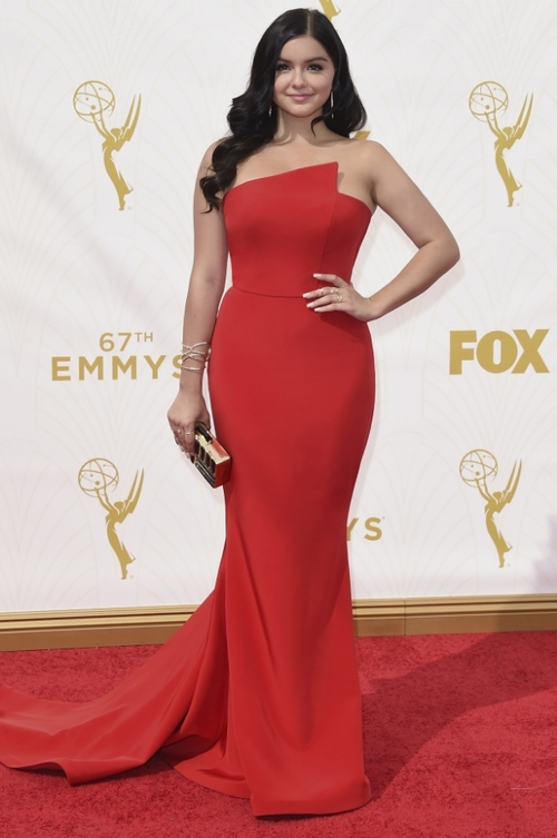"""""""Modern Family"""" star, Ariel Winter in Romona Keveža at the 67th annual EMMY Awards."""