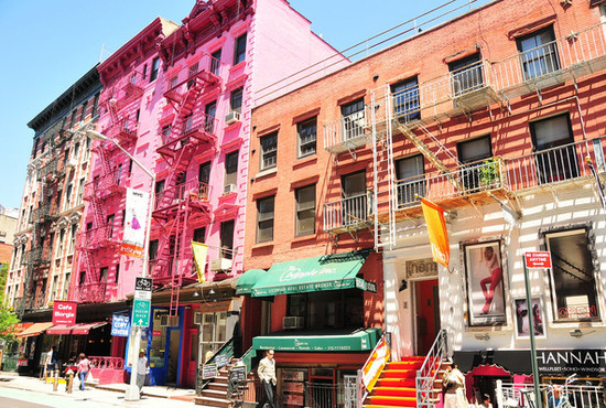 soho-colorfull-buildings-soho-nyc_28_550x370_20111026210655.jpg