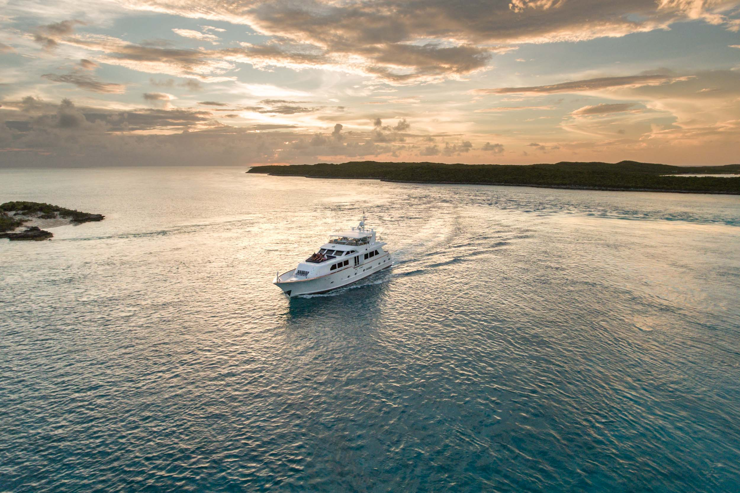 Impulse Yacht Charter 1.jpg