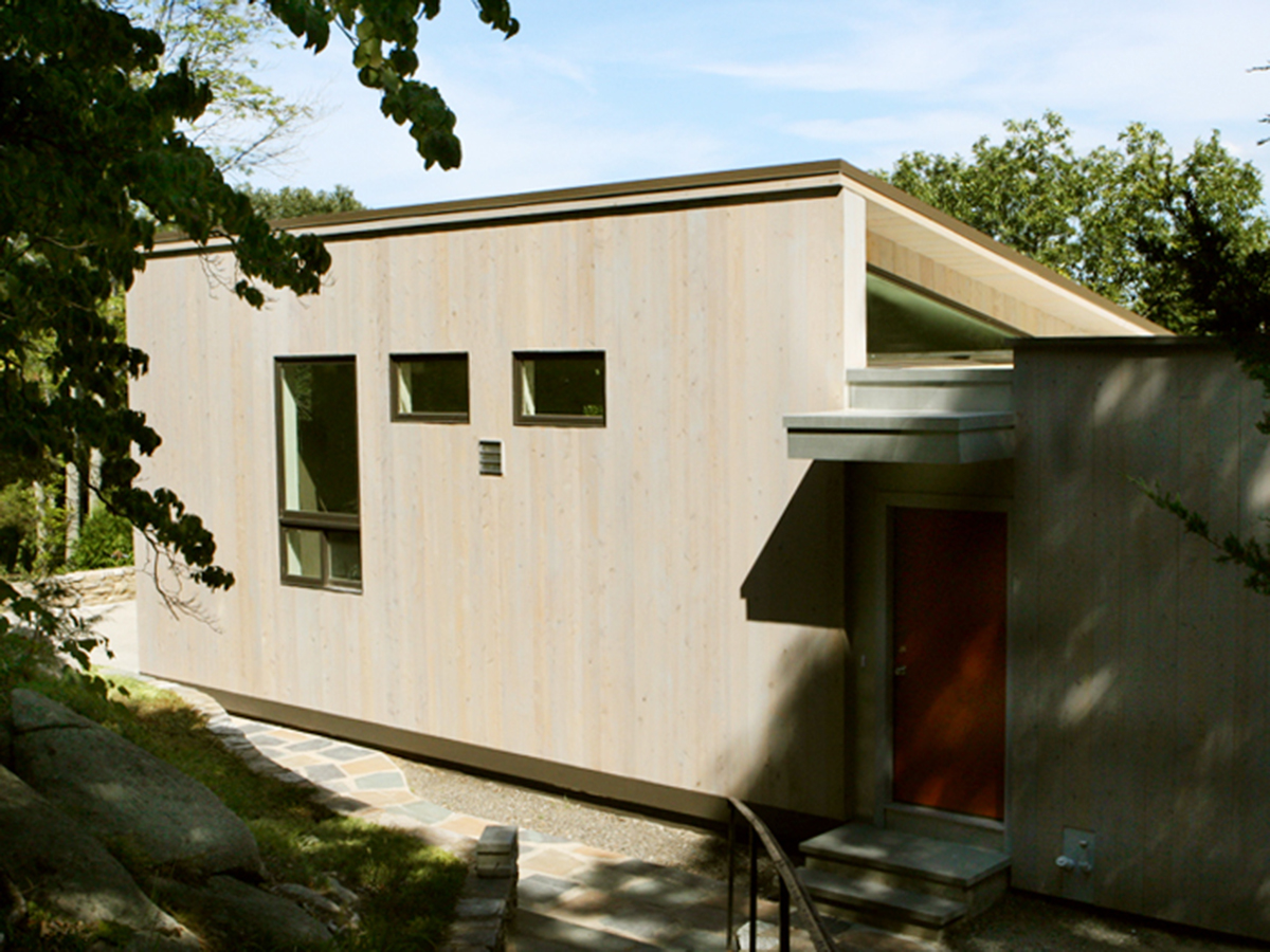 32 Southwick / 2002   Single-Family Residential Renovation