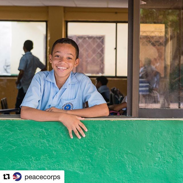 #images4change #Repost @peacecorps ・・・ There are more than 65 Volunteers in @PeaceCorpsColombia working with their communities on #education and #community economic development projects. During their service in #Colombia, Volunteers learn to speak Spanish. More than 4,850 Peace Corps Volunteers have served in Colombia since the program was established in 1961.  #peacecorps #happy #travel #explore #discover
