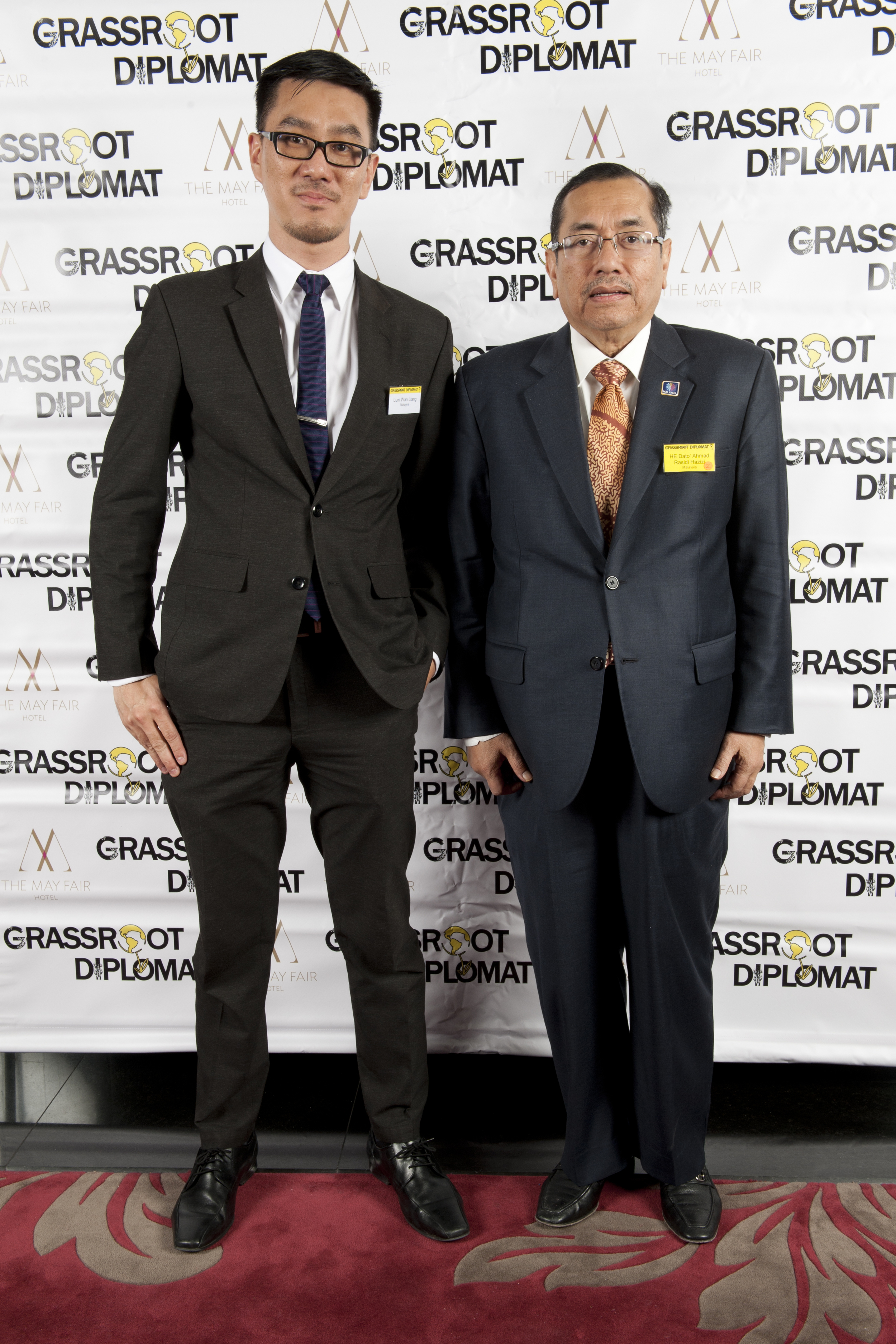 Lum Wan Ling and HE HE Dato' Ahmad Rasidi Hazizi (Malaysia)