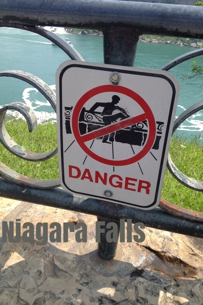 sign niagara climb no.jpg