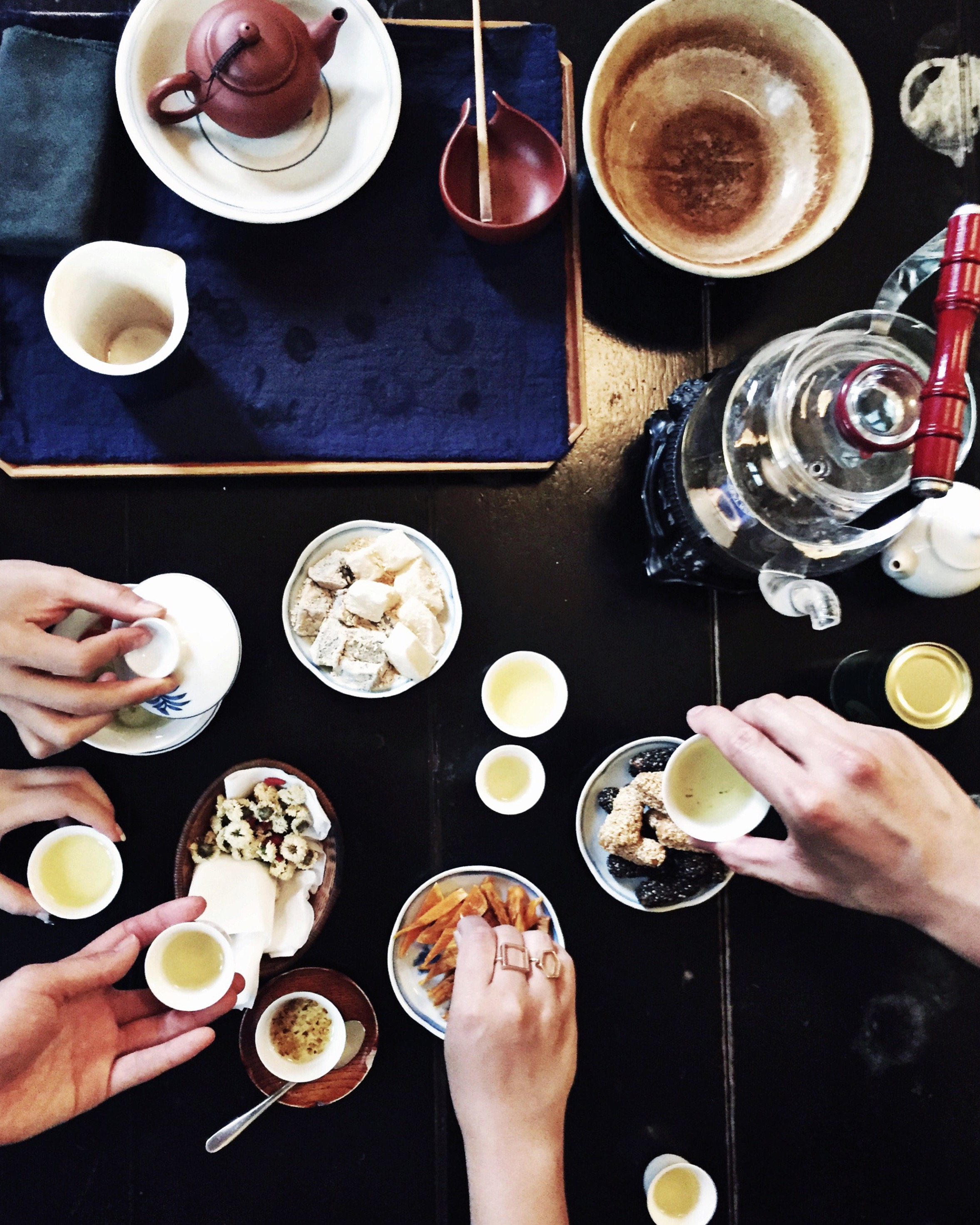 Photo by my dear friend Shantel Liao. Taken during our afternoon tea time at Wistaria Tea House in Taipei, Taiwan.