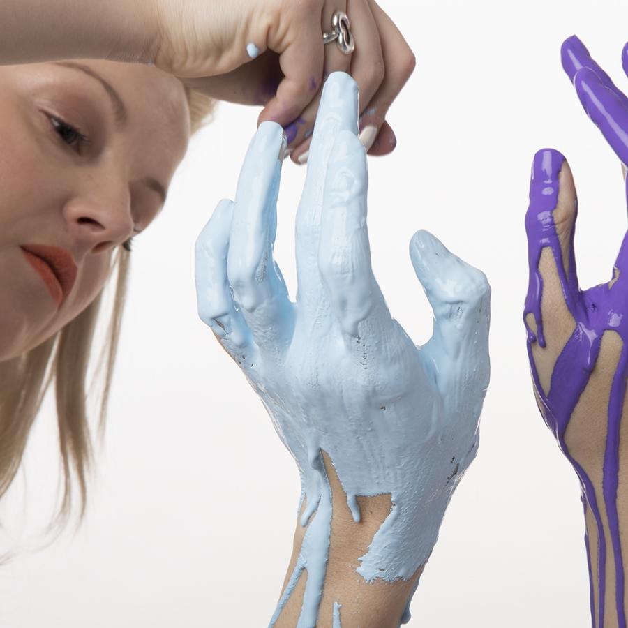 20150224.Taylor.Hands.3738.jpg