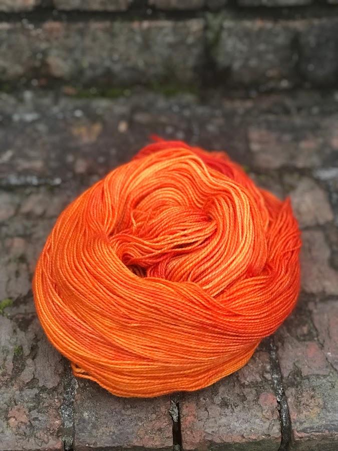 Pizzicato - Sock / Fingering $26  80% Superwash Bluefaced Leicester Wool / 20% Nylon 100 grams / 400 yards