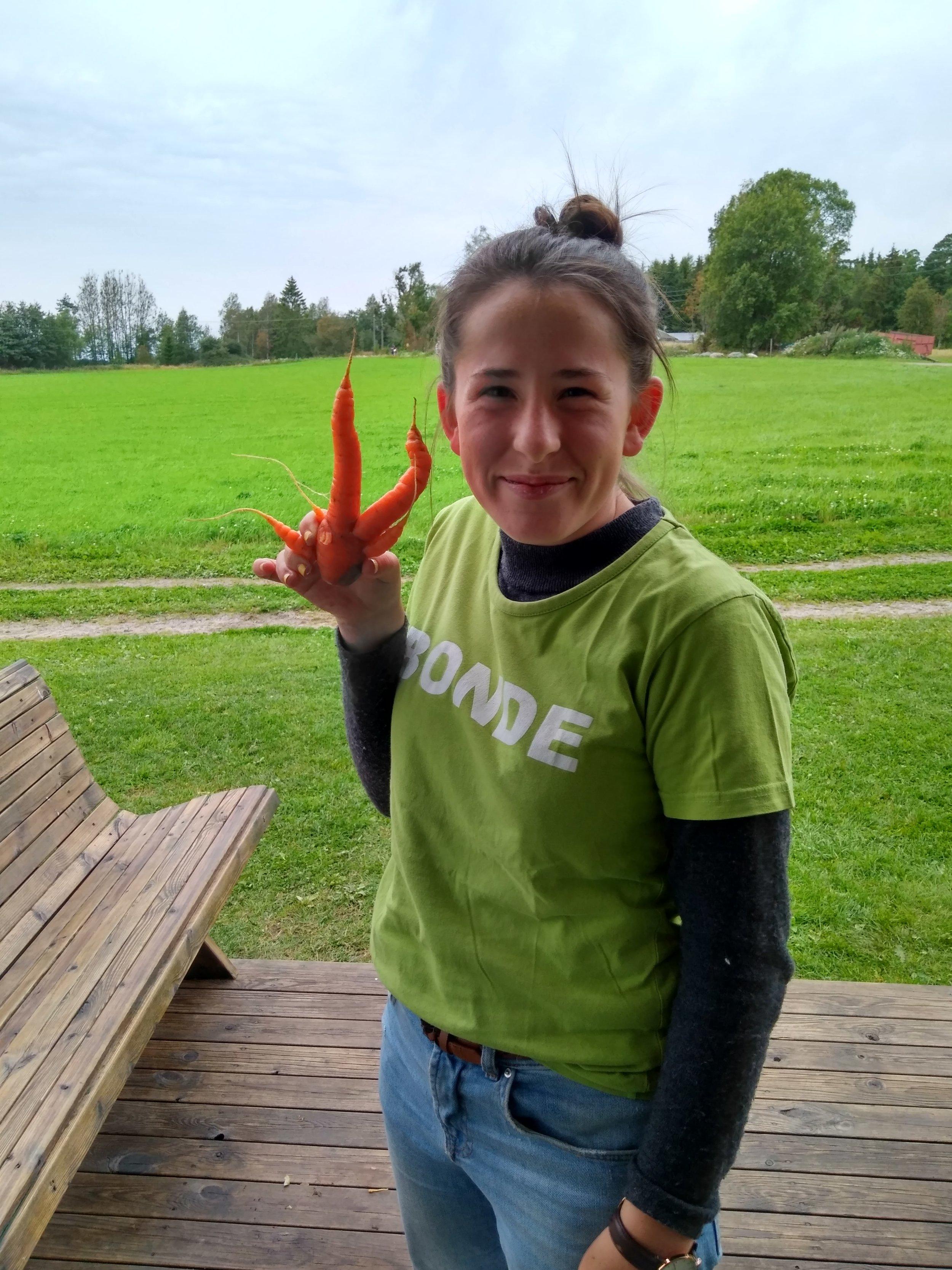 Vi kaster ikke gulrøtter fordi om der ser litt rare ut, sier Aurora