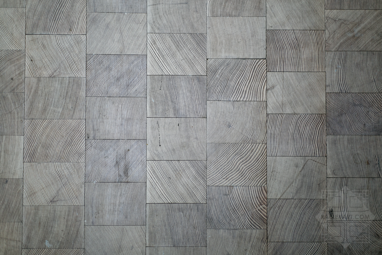 I was crazy about their awesome grey wood block floors. #housegoals