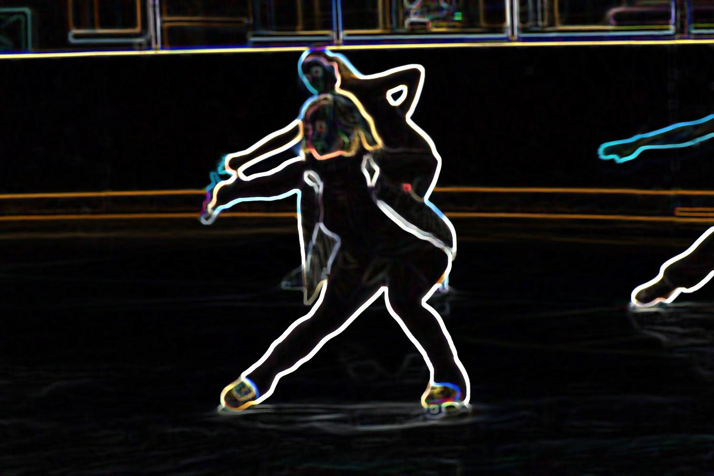 Amanda+glow skate+1500.jpg