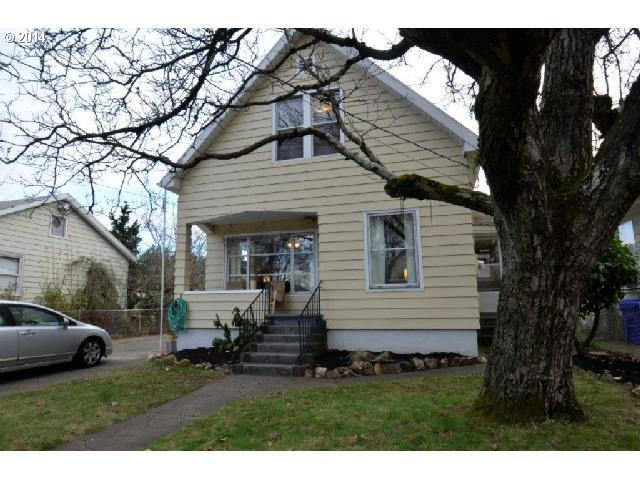 7464 N Olin Avenue // $244,200