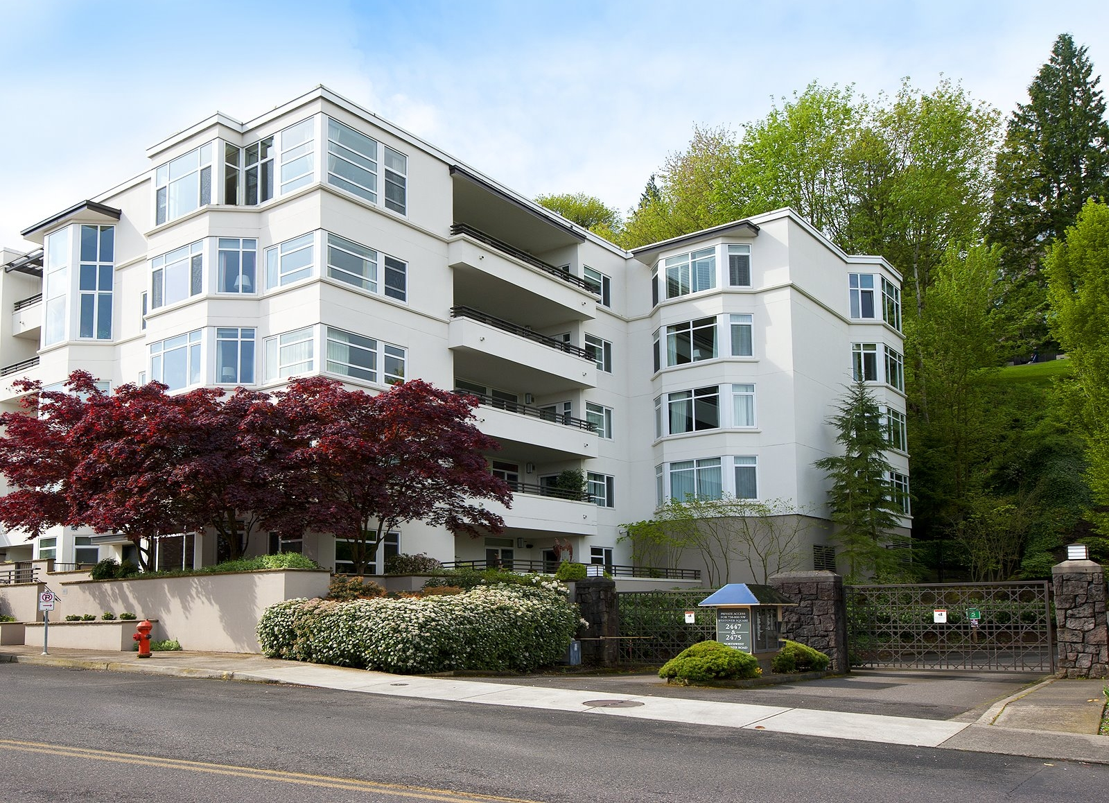 2445 NW Westover Rd #209 // $593,000