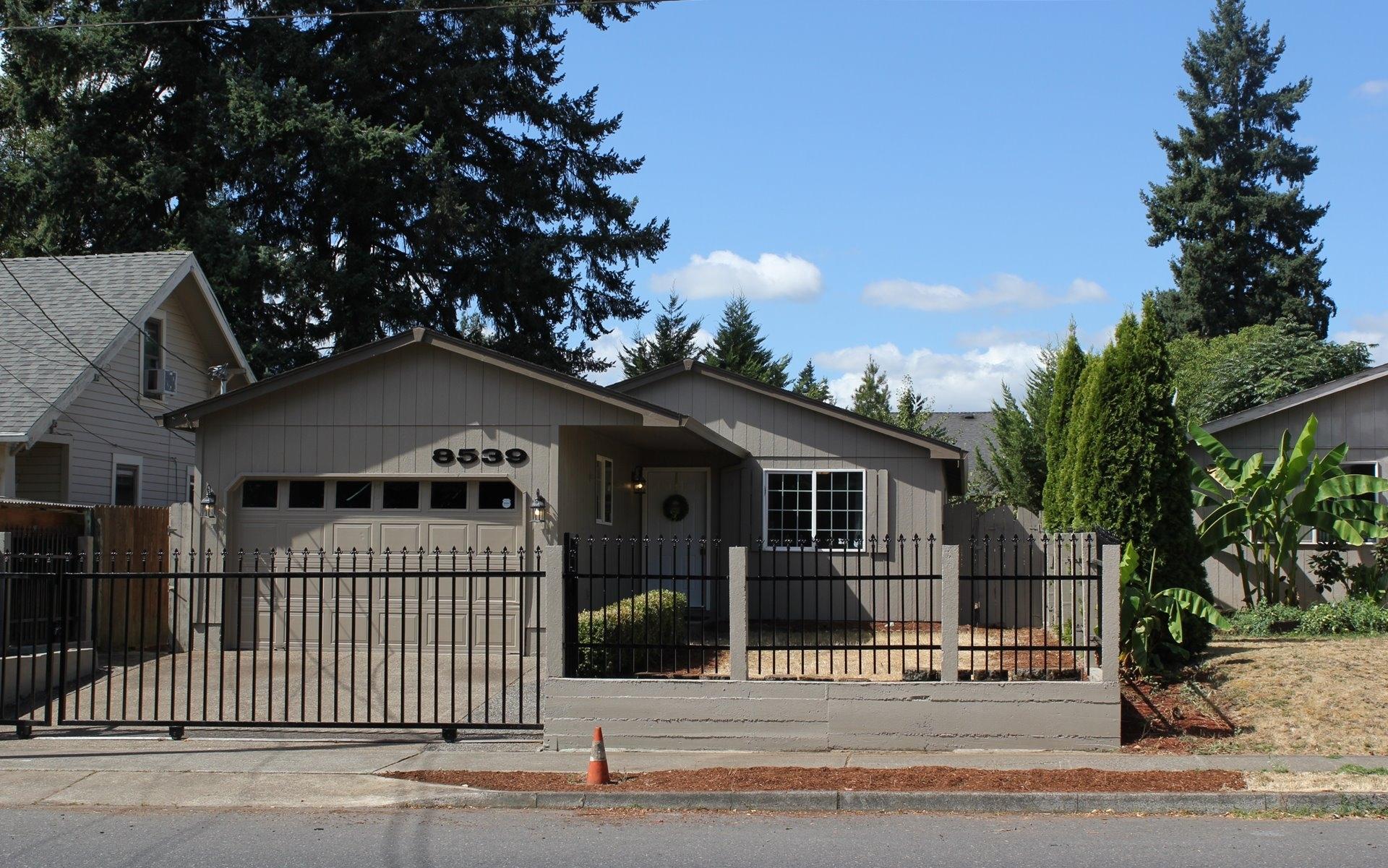 8539 SE 72nd Ave // $285,000
