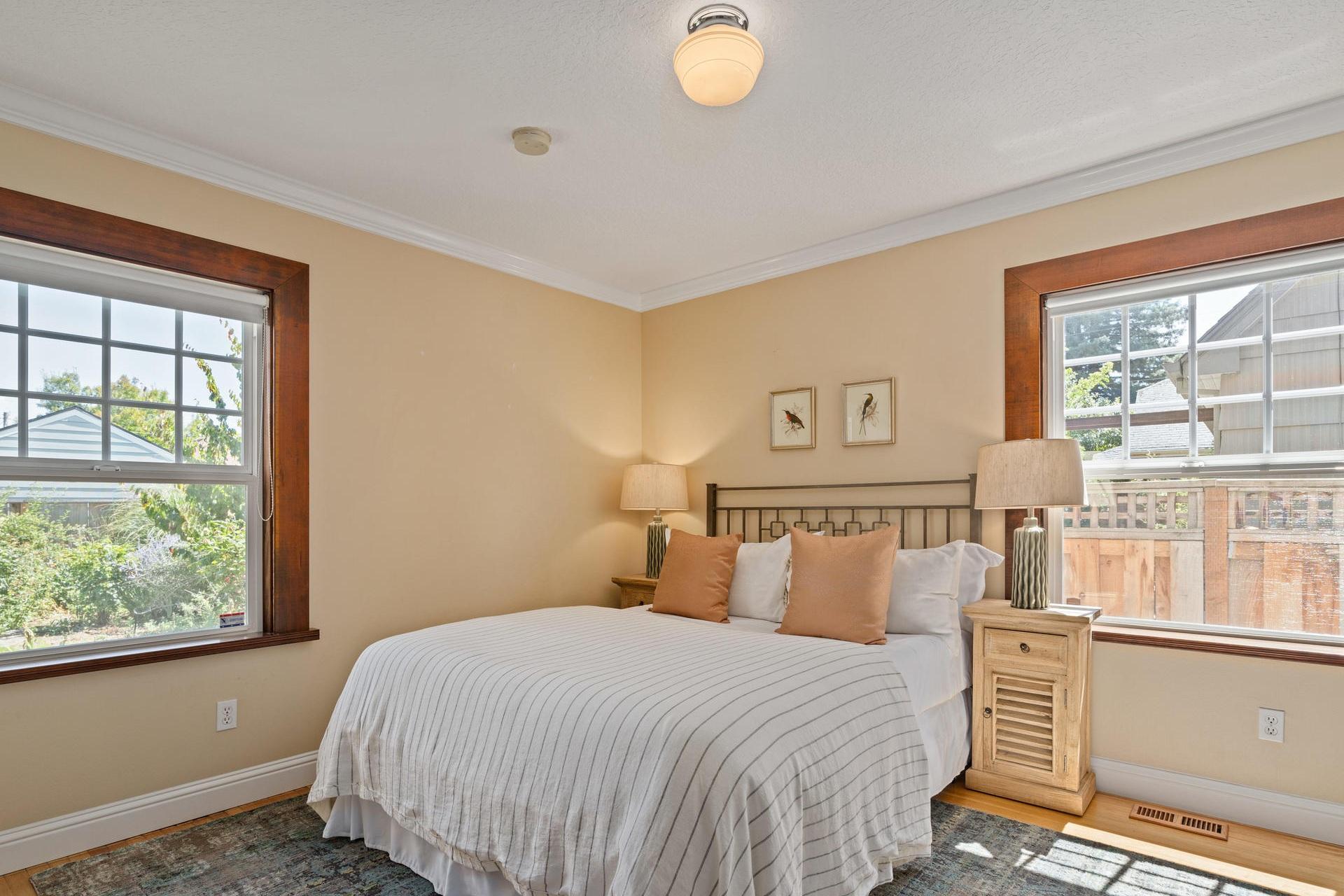 3124+NE+25th+Ave+Portland+OR-019-036-Bedroom+1-MLS_Size.jpg