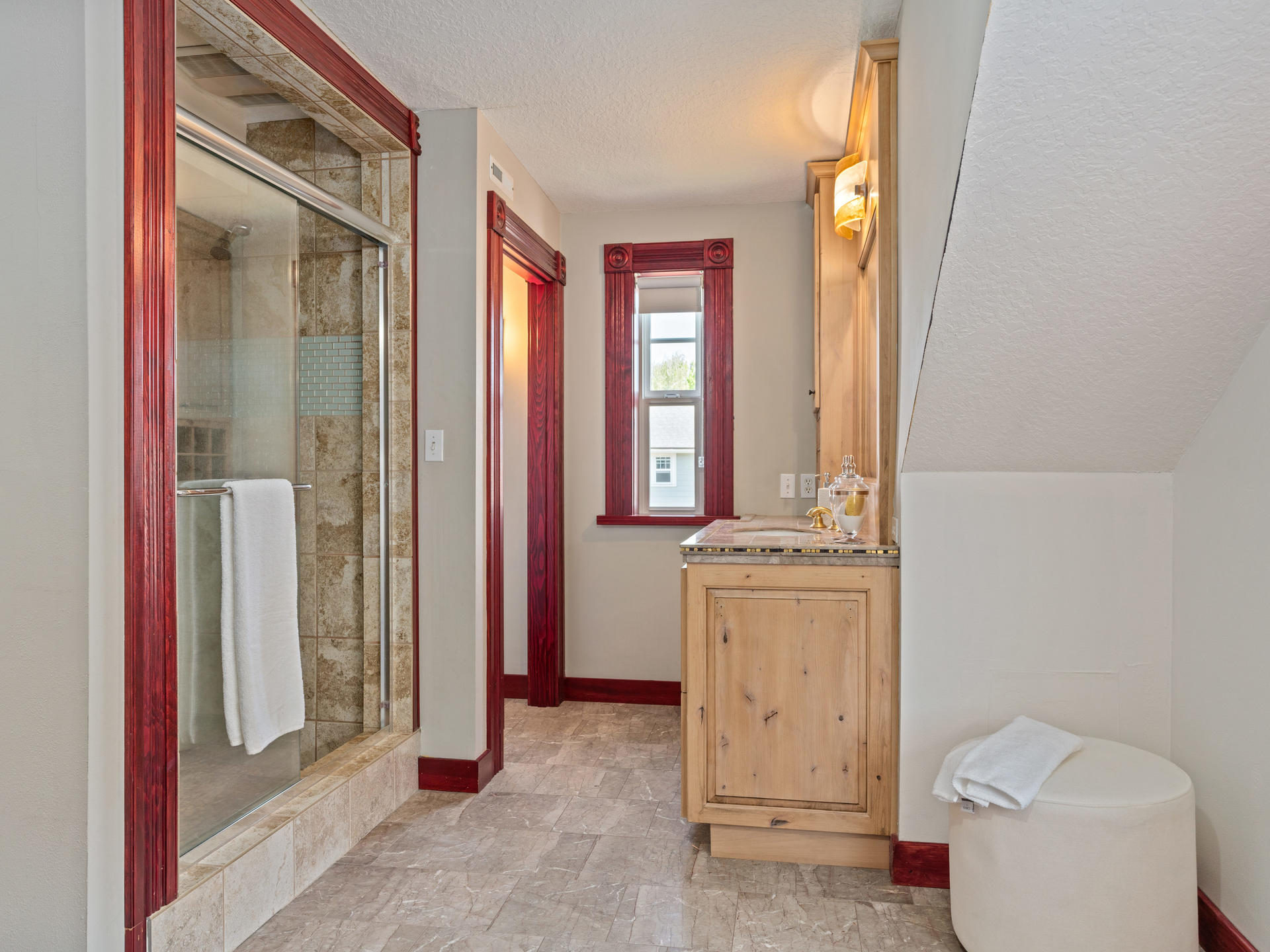 3124 NE 25th Ave Portland OR-028-012-Master Suite-MLS_Size.jpg