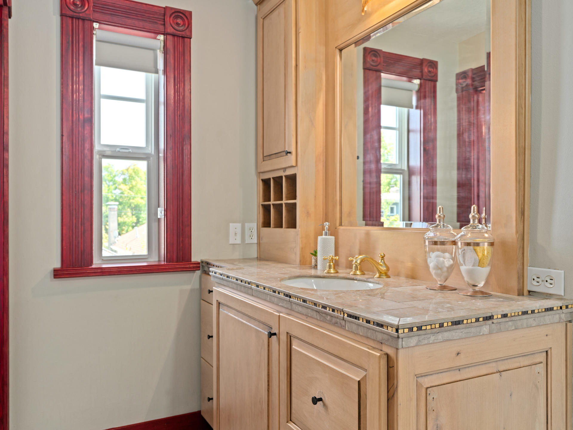 3124 NE 25th Ave Portland OR-029-008-Master Suite-MLS_Size.jpg