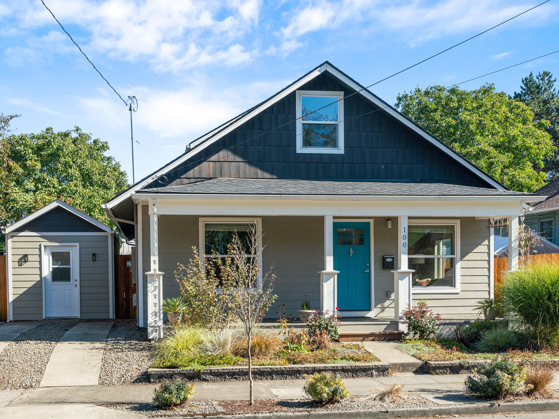 100 SE 79th Ave Portland OR-001-005-Front of Home-MLS_Size.jpg