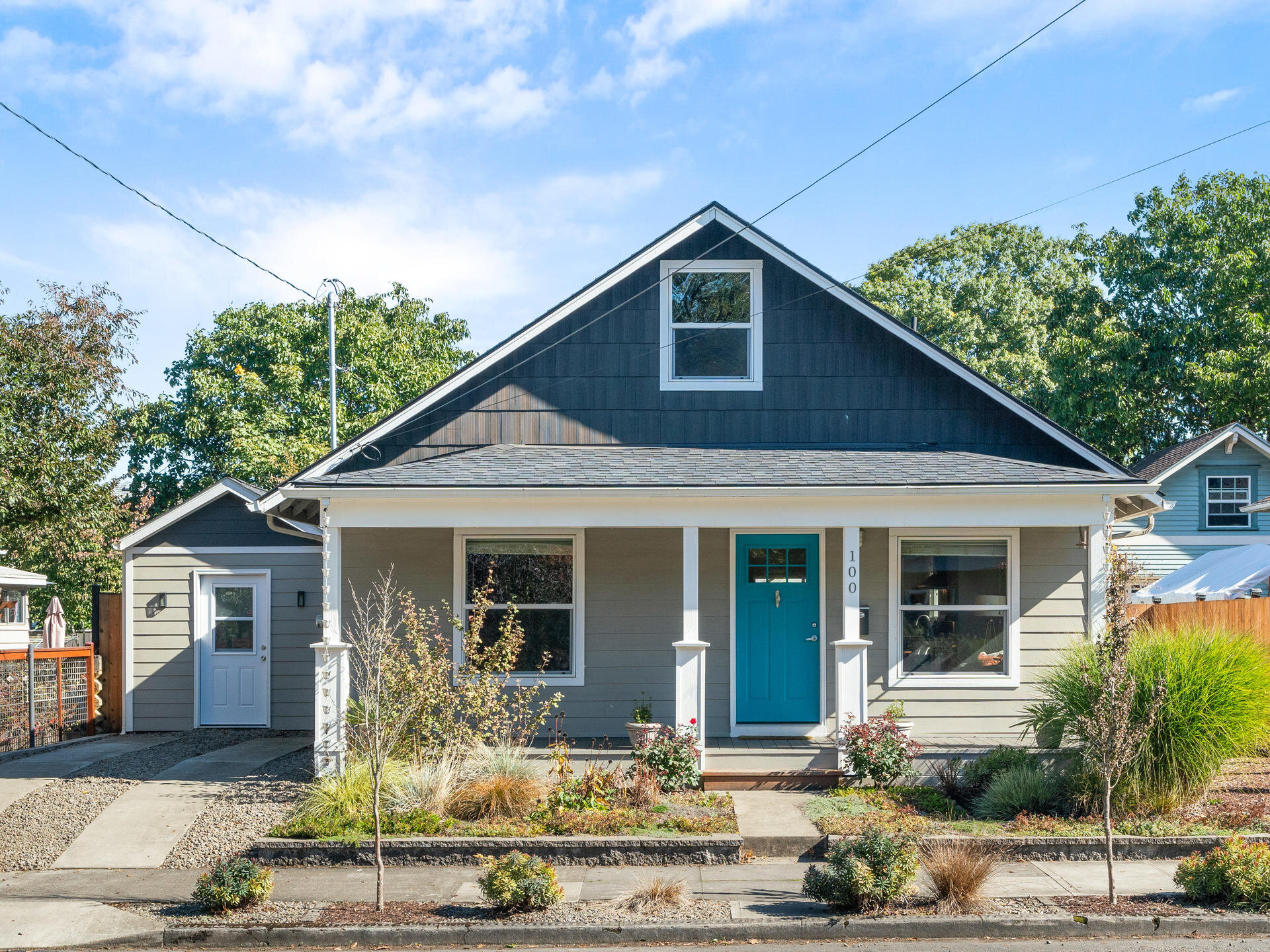100 SE 79th Ave Portland OR-002-001-Front of Home-MLS_Size.jpg