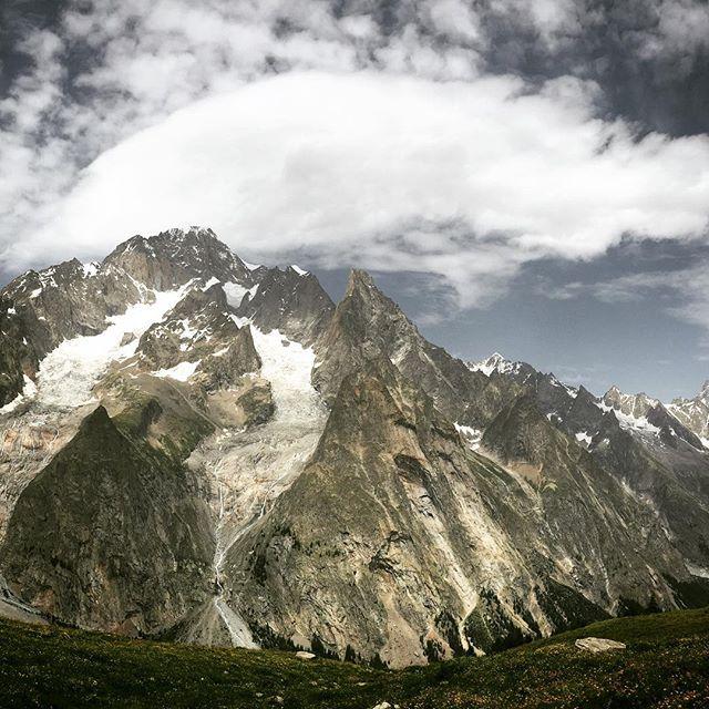 Alongside_Mont_Blanc__tourdumontblanc__day3.jpg