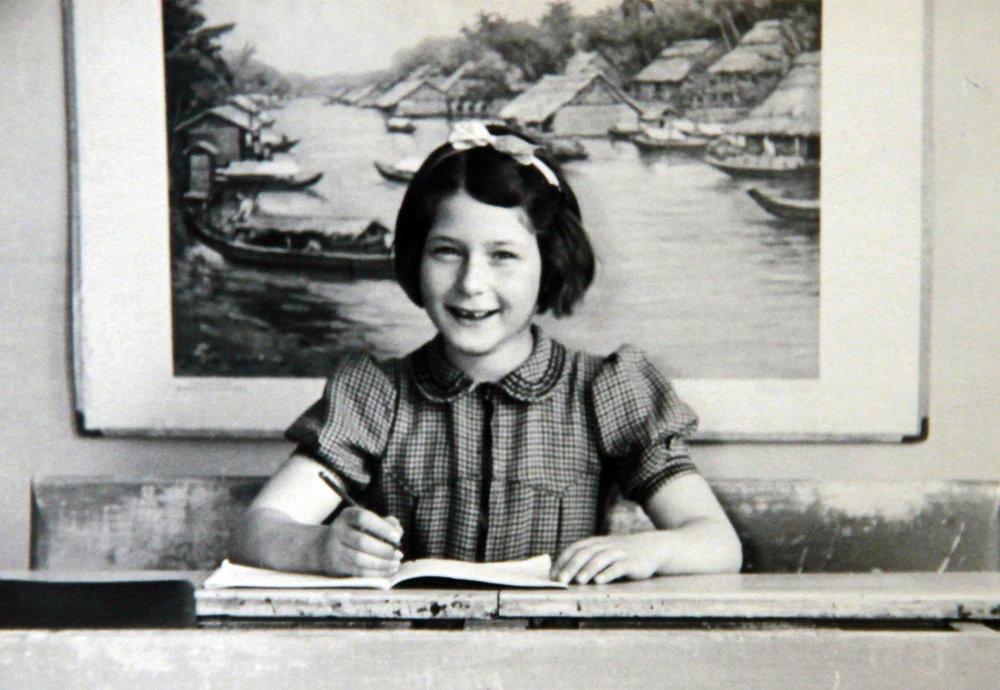 I'm in second grade at Vondelschool in Amsterdam in 1938