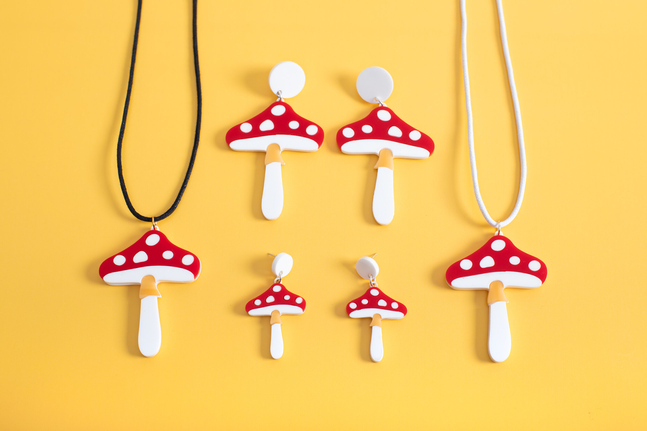 MindFlowers_Magic_Mushroom_Group_Necklace_Earring.jpg