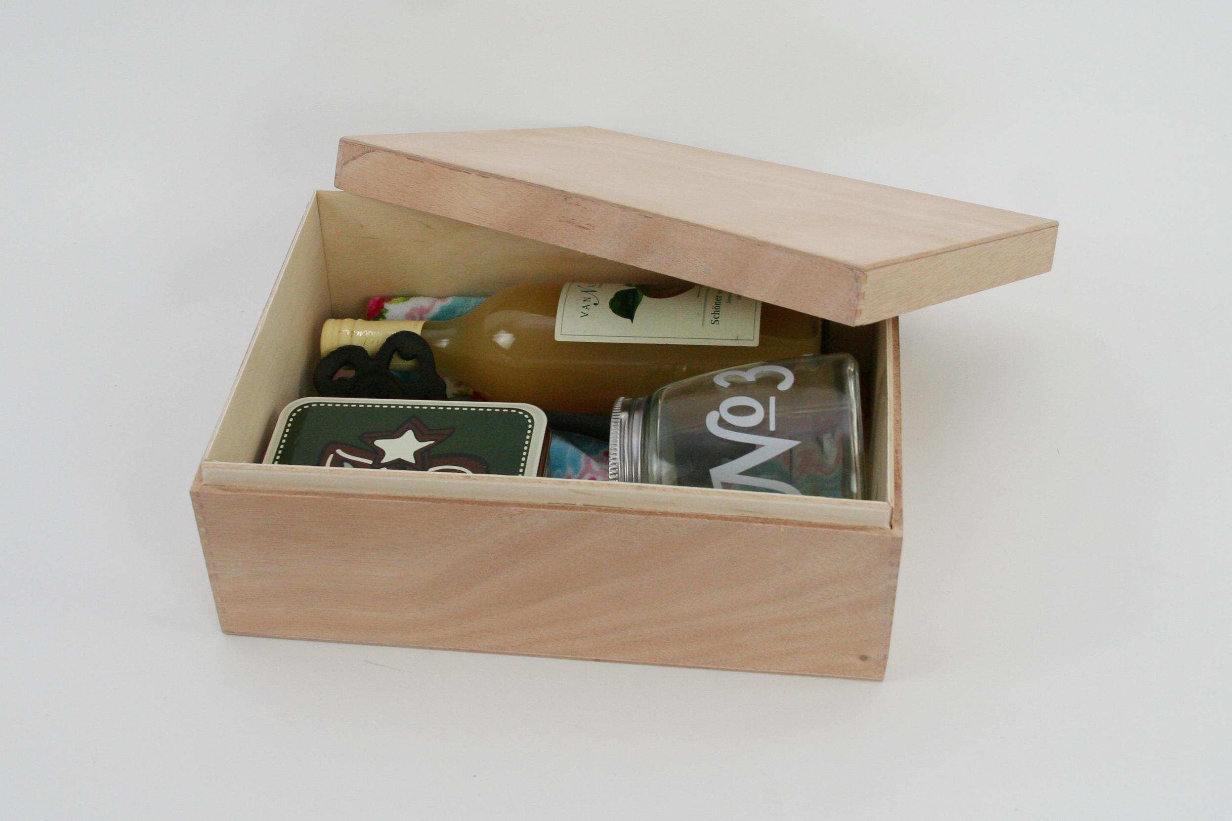 Holzbox mit Stülpdeckel