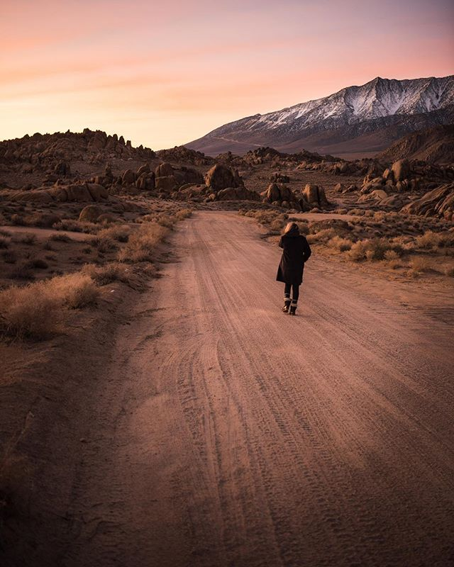 *insert Johnny Cash lyrics here* . . . . . #Alabamahills #gramslayers #igtravel #roadtrippers #lonelyplanet #roadtrip #instagood #travel #natgeo #worldtravelbook #exploretocreate #travelstoke #theoutbound #exploreeverything #camplife #seekthesimplicity #travelphotography #vanlife #nationalparks #allaboutadventure #roadtripusa #visualsoflife #travelgram #peoplescreatives #havecamerawilltravel #travelphotography #instatravel #awakethesoul #optoutside #instago
