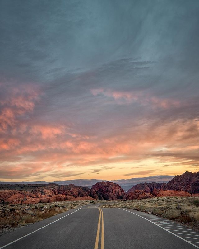 Did you even go on a road trip if you didn't take an empty road photo? 🌄 . . . . . . #Utah #gramslayers #igtravel #roadtrippers #lonelyplanet #roadtrip #instagood #travel #natgeo #worldtravelbook #exploretocreate #travelstoke #theoutbound #exploreeverything #camplife #seekthesimplicity #travelphotography #vanlife #nationalparks #roadt #roadtripusa #visualsoflife #travelgram #peoplescreatives #havecamerawilltravel #travelphotography #instatravel #awakethesoul #optoutside #instago