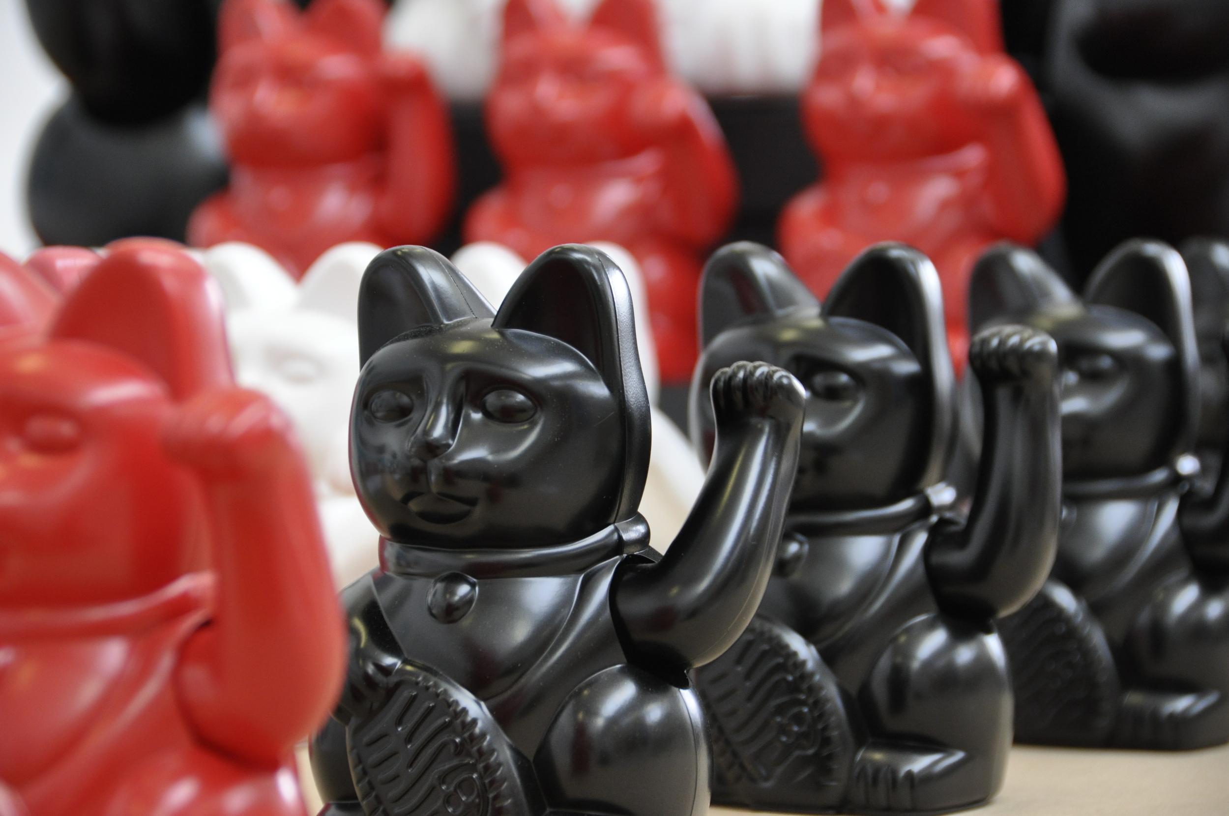 Waving cats 2013