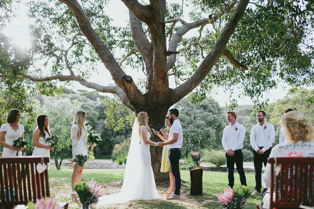 Byron Bay Celebrant Supported Vows_7.jpg