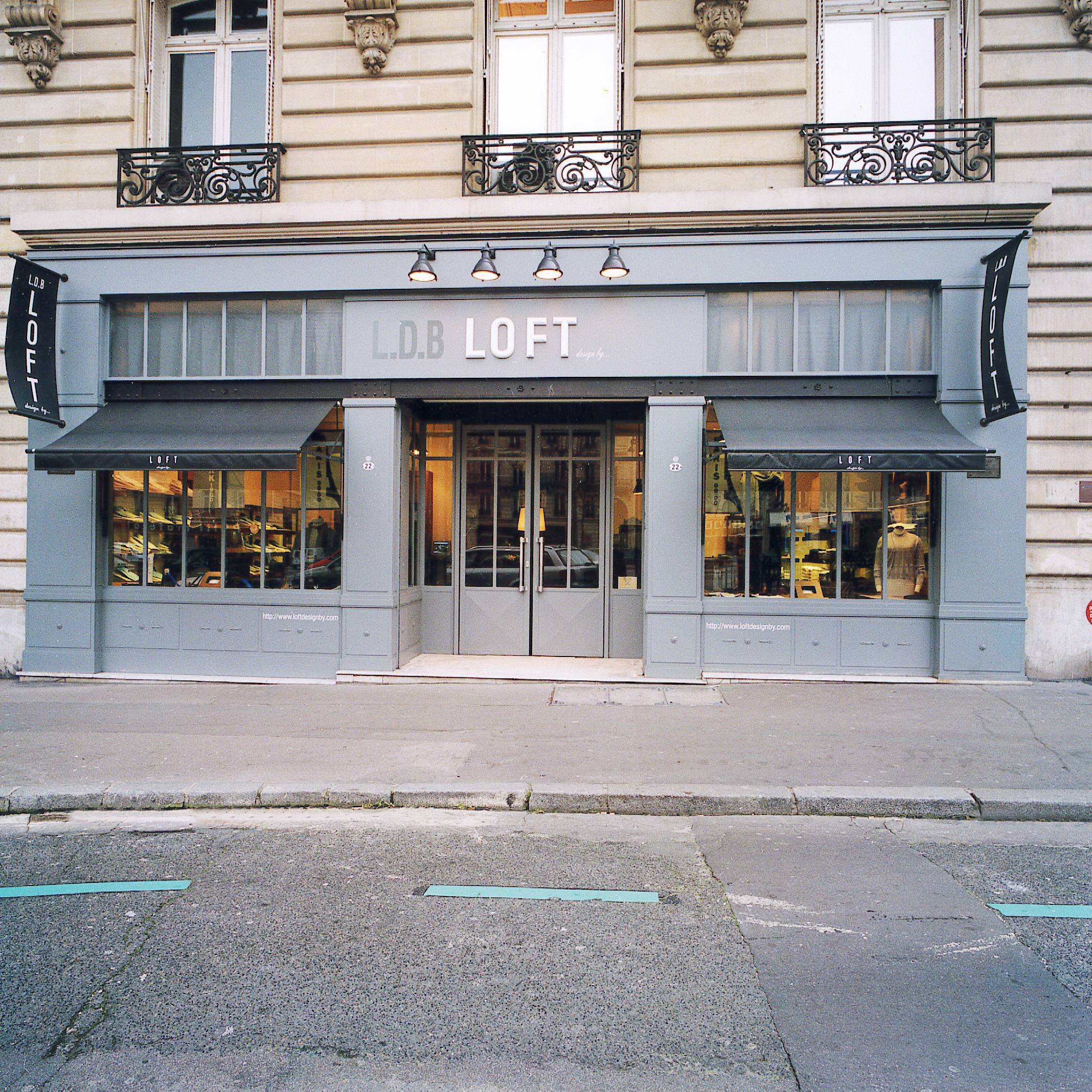 Magasin Loft design by... - Pari   Magasin Loft rue St Honoré