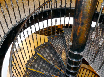 Magasin Loft design by... - Paris   Magasin Loft rue des des Franc Bourgeois