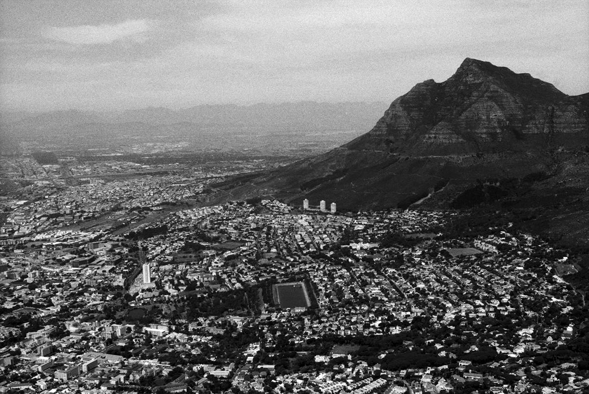 SouthAfrica_b5s60f15ftn.jpg