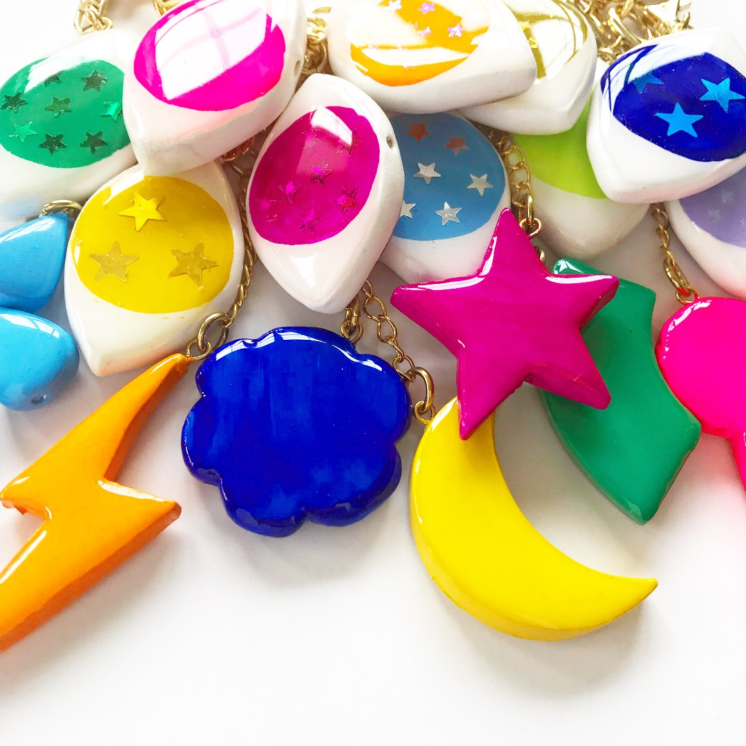 The unique resin coat on handmade charms gives a glossy finish you'll only see on Buried Diamond.
