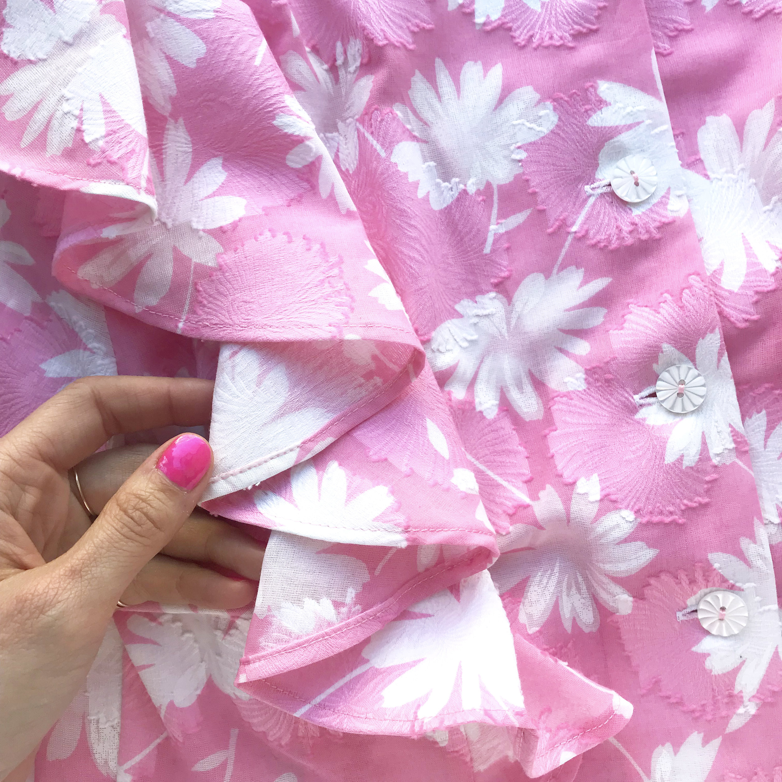 The back side of your fabric will show on flounces, so if using a print, look for one where the pigments saturated both sides of your fabric.