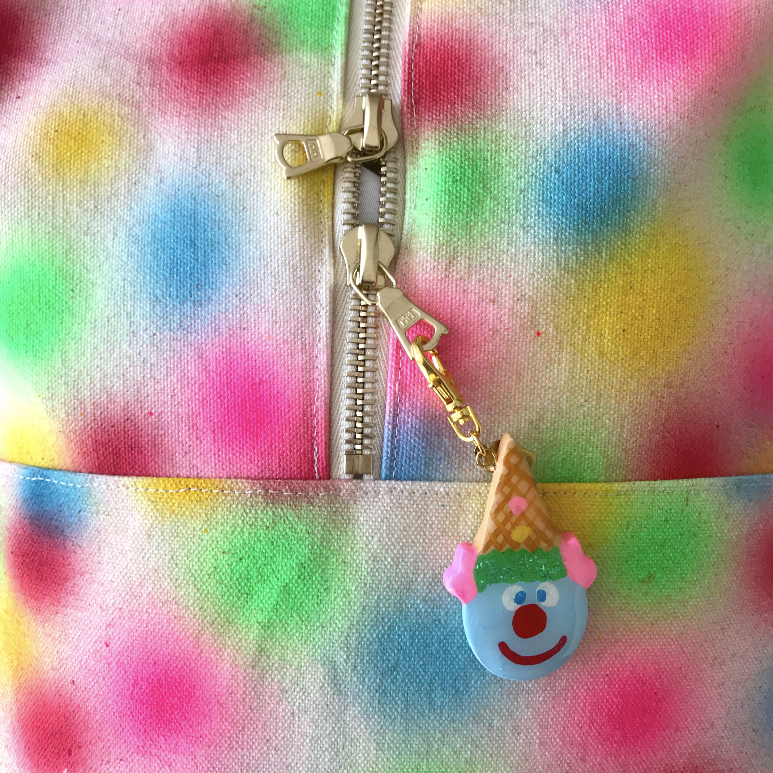 BAG zipper charm 2.jpg
