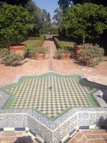Lotusland_fountain.jpg