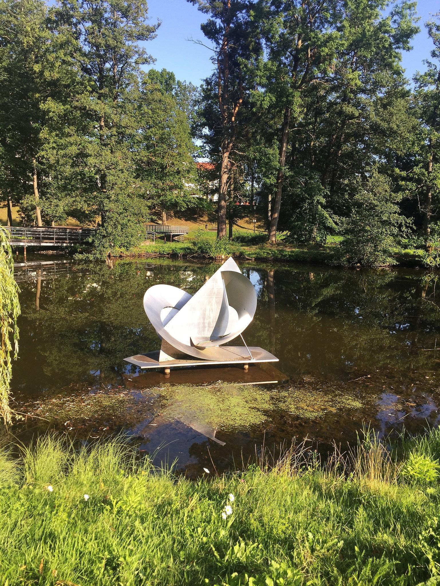 segel och snäcka     elli hemberg   skövde, sweden   photo credit: cecily ferguson, 2019