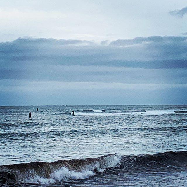 Knee to waist high waves on tap this week! #marthasvineyard #surflessons #paddletours #marthasvineyardlife