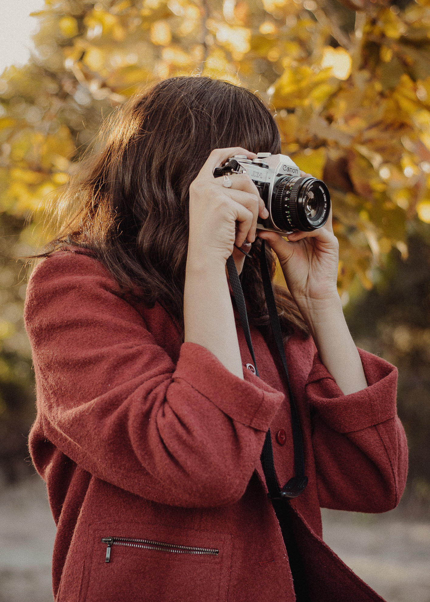 los angeles editorial fashion photographer miranda kelton photography vintage film canon