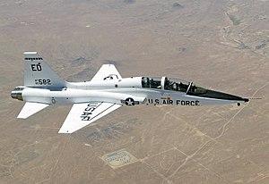 T-38_Talon_over_Edwards_AFB.jpg