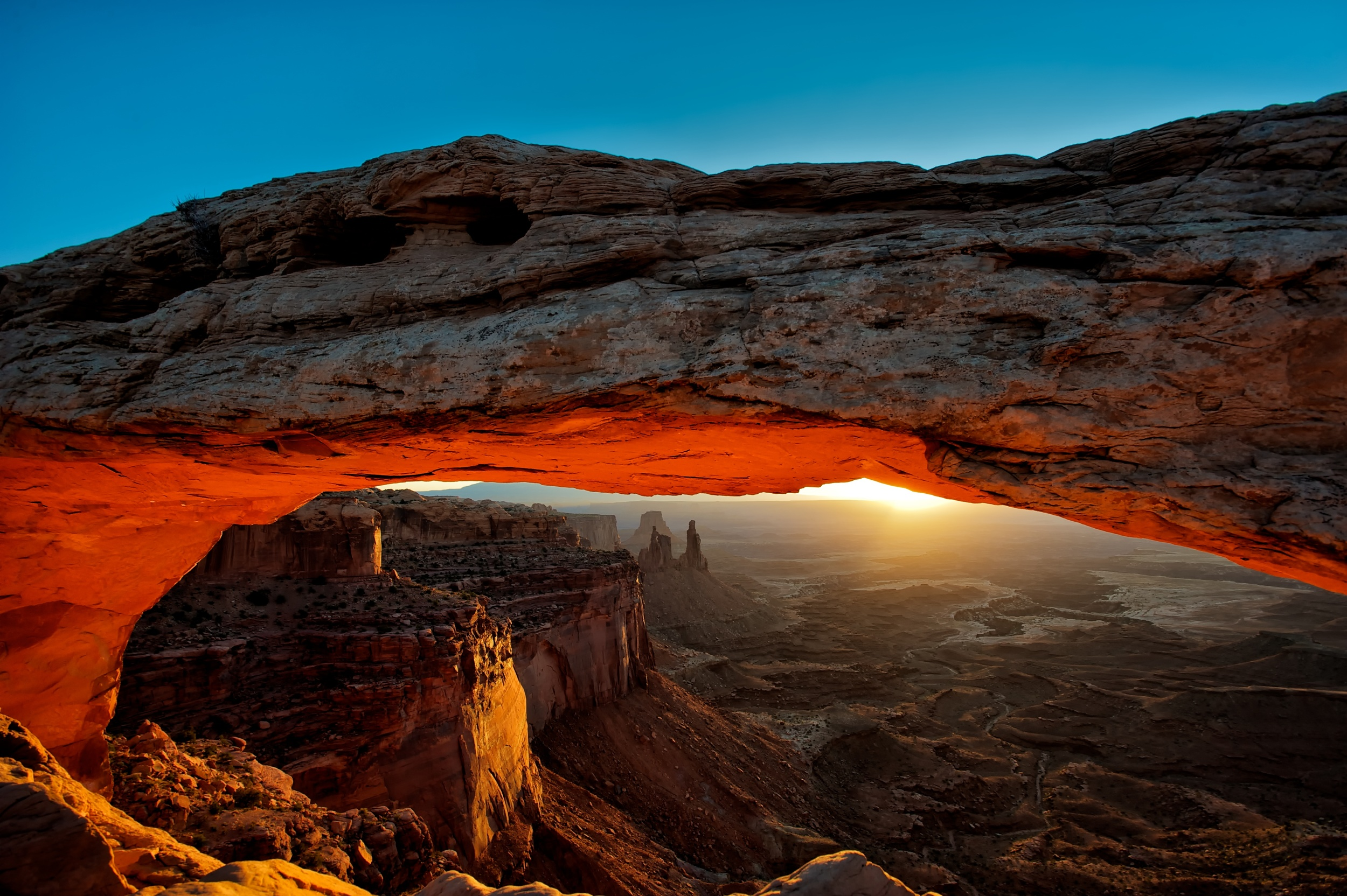 21962 Mesa Arch - Sunrise.jpg