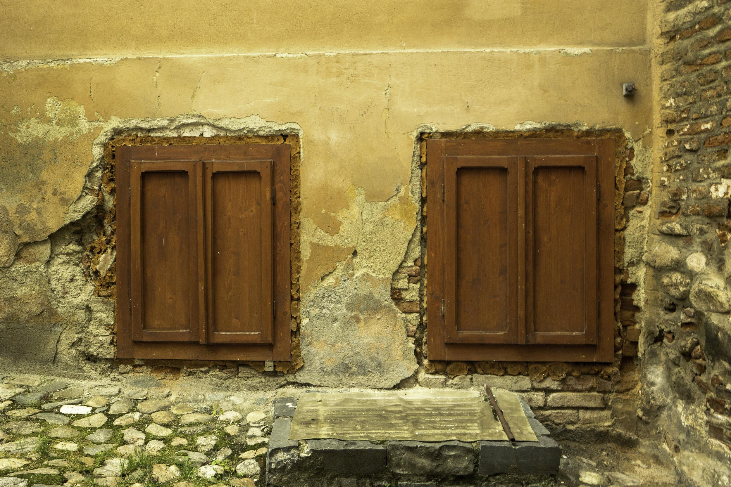 Closed-eyes-windows-Romania.jpg